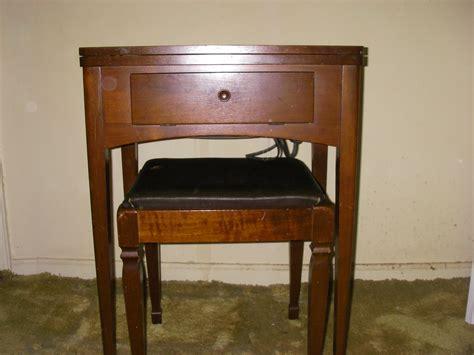 yard sale furniture estate sale singer sewing machine in cabinet