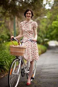 Chic-retro-outfit-ideas-that-every-girl-will-like-20 | Styleoholic