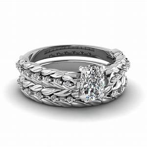 Cushion cut diamond leaf design wedding ring set in 14k for Wedding rings in white gold