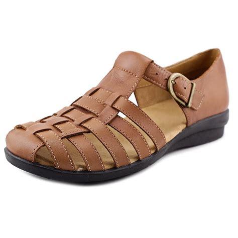 Array Shoes - Array Womens Aruba Leather Closed Toe Casual ...