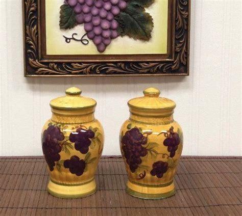 salt pepper shakers tuscany grape wine decor http www