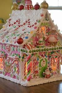 gingerbread house | 쇼 GINgεRBRεąD H๏Uรεร 쇼 | Pinterest ...