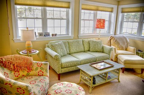Maine Cottage Furniture With Beautiful Table With Green