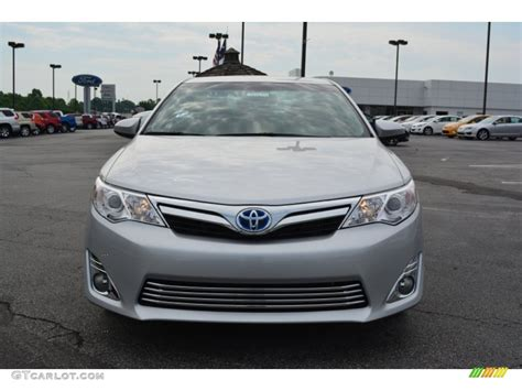 2014 Toyota Camry Colors by 2014 Classic Silver Metallic Toyota Camry Hybrid Xle