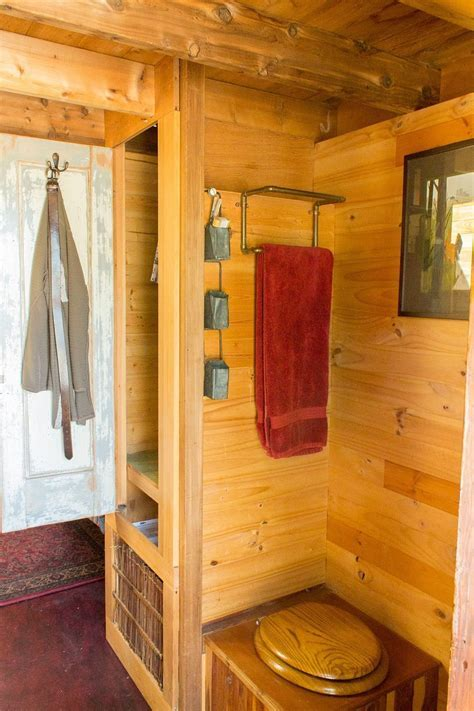The Back to Basics Kozy Kabin Tiny House Plans: Dee