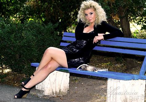 ukraine lady irina from odessa 28 yo hair color blond
