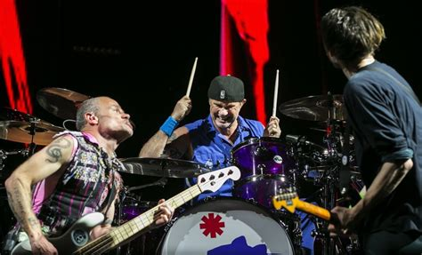 Nostalgia Powers Dazzling Red Hot Chili Peppers
