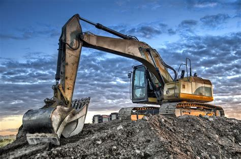 benefits  renting construction equipment