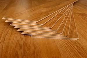 Vinyl Vs Laminat : laminate vs tile flooring pros cons comparisons and costs ~ Watch28wear.com Haus und Dekorationen