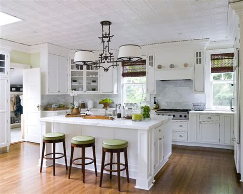Classic Bar Stools White Kitchen Island Wooden Floor White