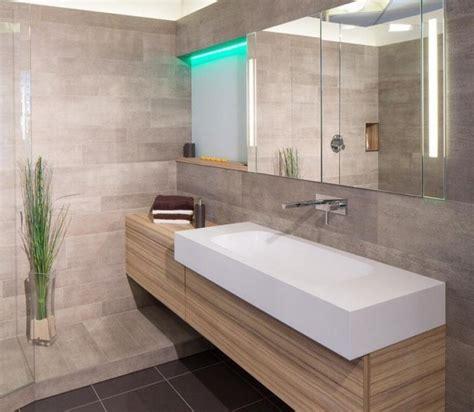 salle de bain gris clair carrelage salle de bain gris