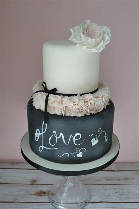 shabby chic wedding cake ideas 25 best ideas about shabby chic cakes on pinterest blue petite wedding cakes fancy birthday