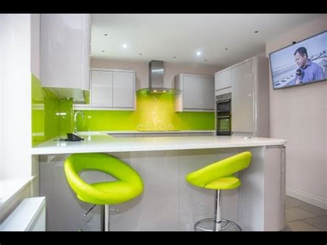 lime green splashback kitchen lime green swirls kitchen glass splashbacks 7110