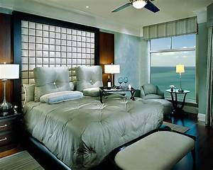 Romantic master bedroom decorating ideas red and black for Luxurious master bedroom decorating ideas 2012
