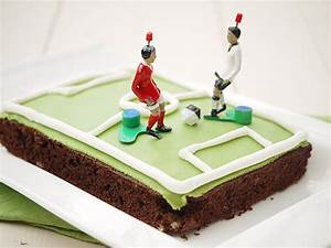 Fußball Torte Rezept : fu ball torte f r fu ball fans und wir sind 1 jahr ~ Lizthompson.info Haus und Dekorationen