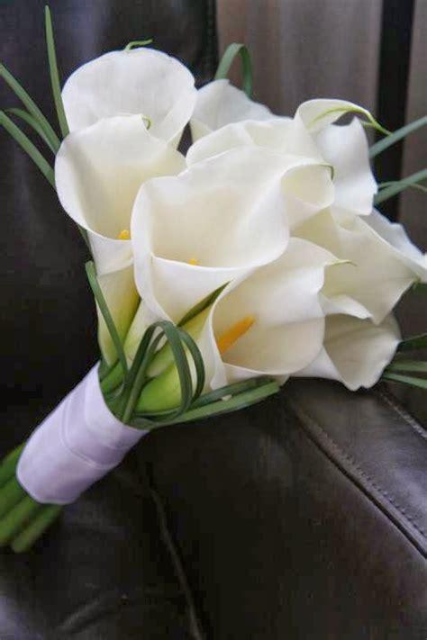 white lily flower bouquethttprefreshroseblogspotcom