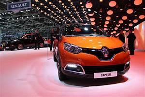 Renault Captur Avis : renault captur de l 39 int rieur toutes les photos de l 39 habitacle du crossover ~ Gottalentnigeria.com Avis de Voitures