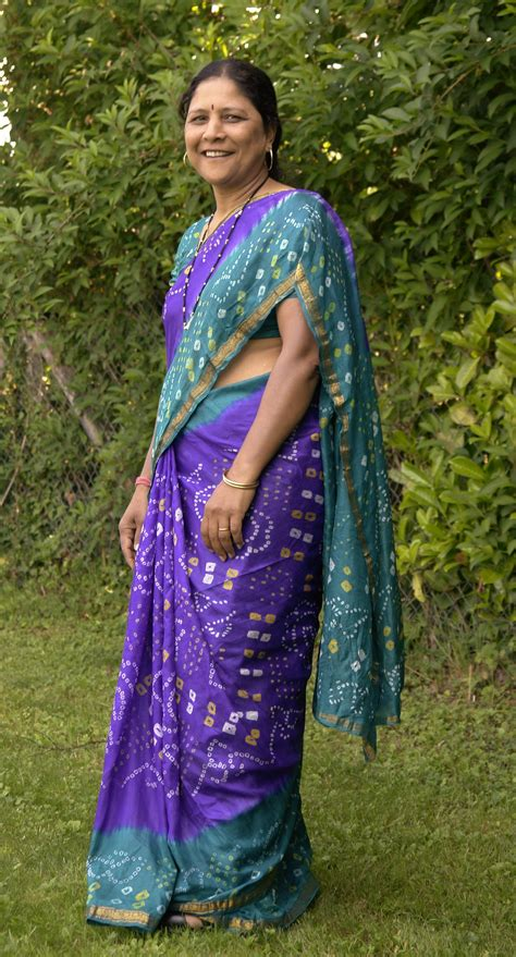 definition of blouse file blue sari 2 jpg wikimedia commons