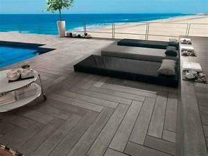 les 25 meilleures idees de la categorie carrelage terrasse With maison en pierre ponce 8 8 conseils pour une terrasse melant contemporain et