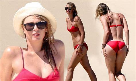 lilian klebow swimsuit maria sharapova dances all her cares away in red bikini as