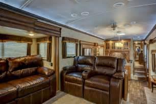 Luxury Fifth Wheel Rv Front Living Room by Keystone Montana Awarded 2015 Best Rv Debut Vogel Talks