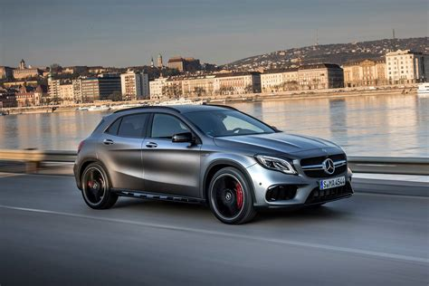 It features apple carplay, android auto, and bluetooth connectivity. 2018 Mercedes-Benz GLA-Class AMG GLA 45 4MATIC Pricing - For Sale | Edmunds