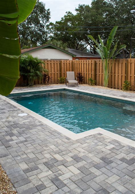 Modern — Sekas Custom Pools   Swimming pools backyard ...