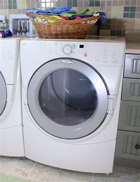 washing machine and dryers clothes dryer
