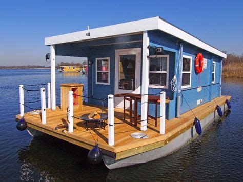 House Boat Vs Boat House by Best 25 Pontoon Houseboat Ideas On Houseboats