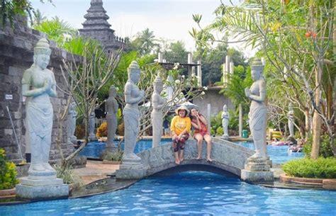 liburan ala kerajaan hindu kuno  lembah tumpang resort