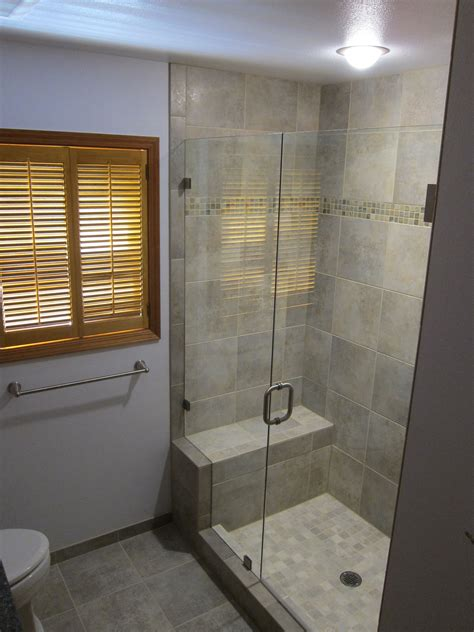 Bathroom Designs With Walk In Shower by Small Bathrooms With Walkin Showers Wallpaper