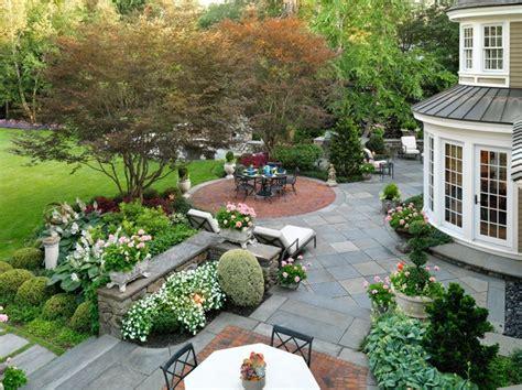 Best 25+ Commercial Landscaping Ideas On Pinterest