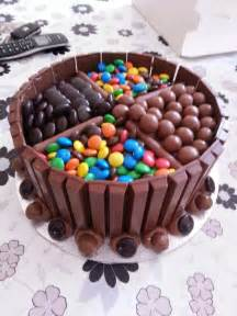Cake Decoration Ideas With Gems by 25 Best Ideas About Kit Kat Cakes On Pinterest Kit Kat