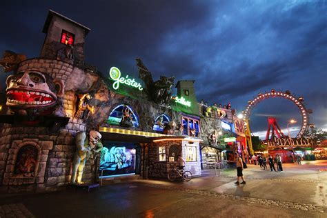 Star Rock Amusement Ride