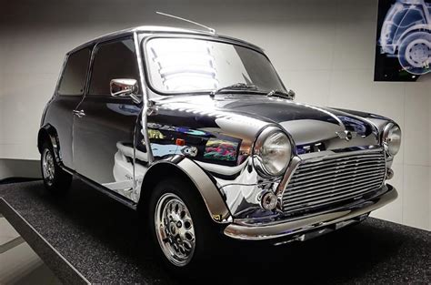 x2 fame david bowie and the mini just