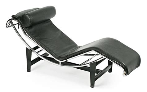 chaise perriand chaise longue basculante by le corbusier and