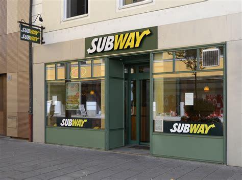 cuisine subway file subway restaurant in passau jpg wikimedia commons