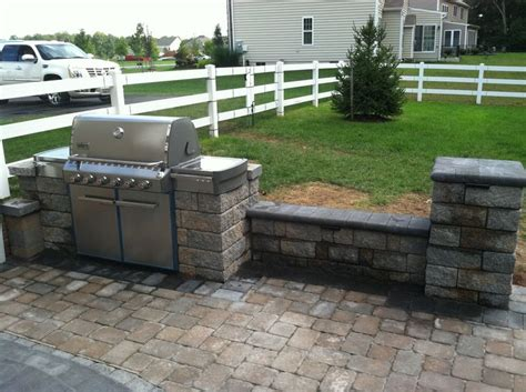 ep henry paver patio with built in grill coventry sitting