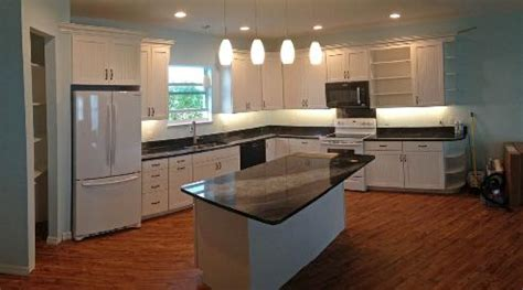 pictures of kitchens with islands 1299 nettles blvd page 6 7475