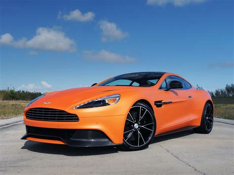 aston martin vanquish picture  aston martin photo