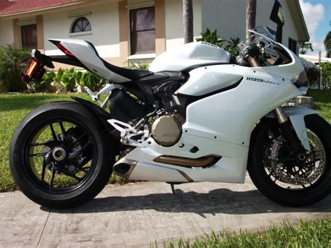 Ducati Panigale White by Buy 2013 Ducati 1199 Panigale 1199 Abs Arctic White On