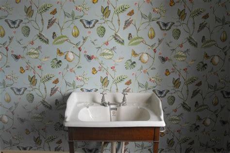 chambre tapisserie papier peint vintage à motifs floraux en 25 idées fantastiques