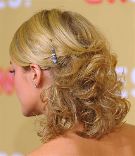 prom hairstyles for medium hair beautiful hairstyles
