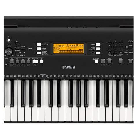 yamaha keyboard psr yamaha psr ew300 portable keyboard at gear4music