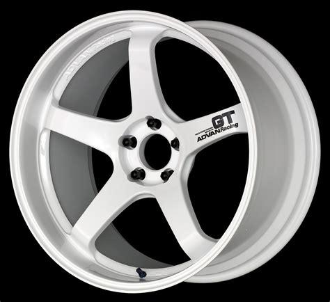 advan racing gt racing white wheels vertex usa