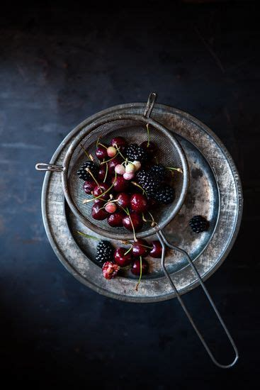 dark  moody food stories shooting chiaroscuro style