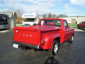 1977 Ford F 100 Stepside Pickup