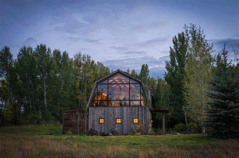 rustic meets modern  stunning barn guest house  wyoming