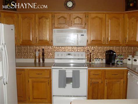 Kitchen Backsplash With Golden Oak Cabinets by Country Kitchen With Golden Oak Search Grb