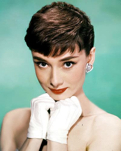 1950s Hairstyles With Bangs by Hairstyles That Defined An Era Instyle